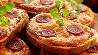 Crostini piccanti al salame-1