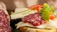 Panino salame fontina e marmellata di fichi_16_9
