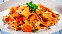Tagliatelle peperoni e pancetta-1