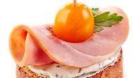 Tartine prosciutto cotto stracchino e pomodorini_16_9