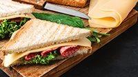 Tramezzini salame e formaggio-3