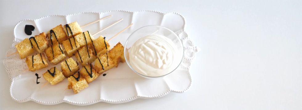 Pandoro Stick con Crema Calda al Mascarpone